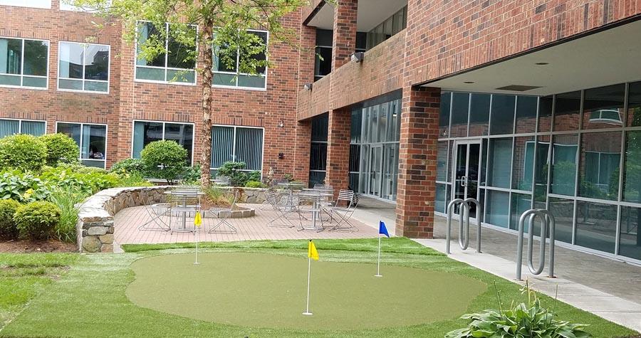 burlington-office-putting-green
